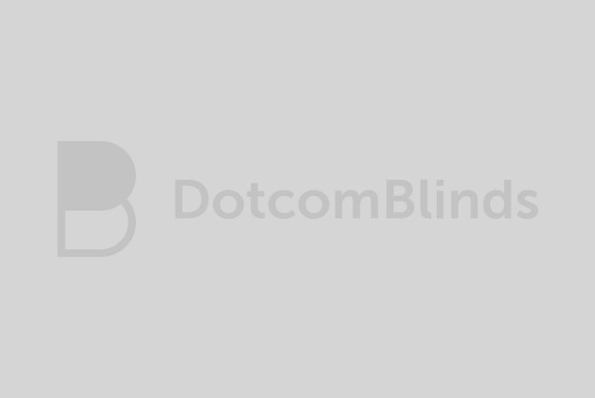 green roller blind in kitchen